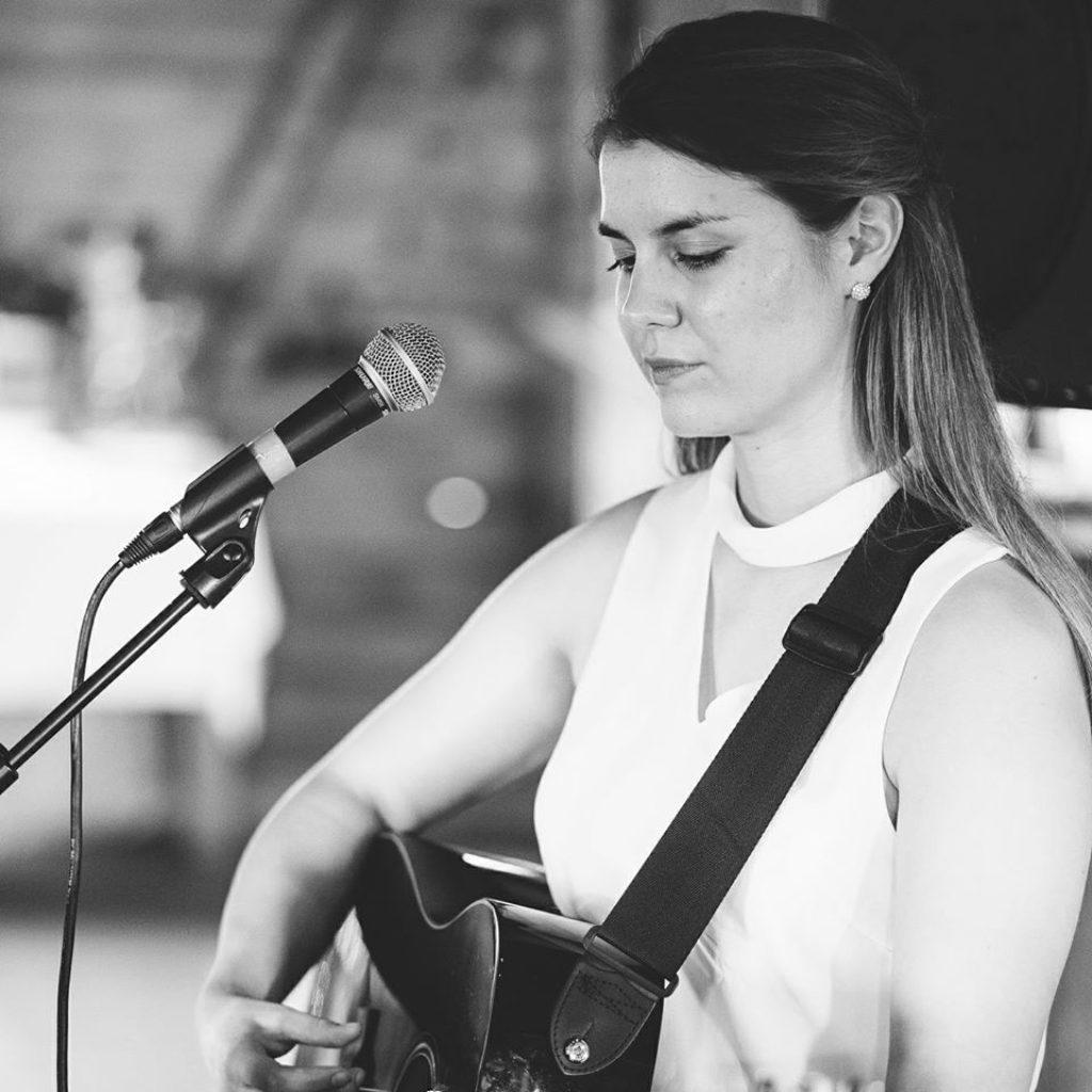 Palkkaa muusikko: Kristina Raiko