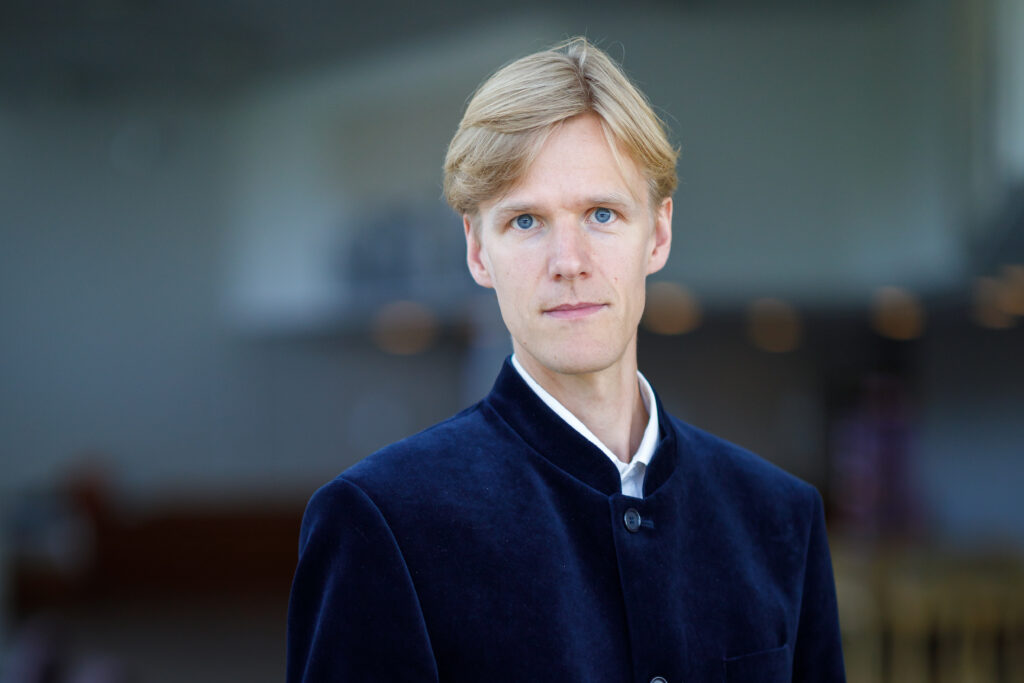 Palkkaa muusikko: Olli Hirvanen